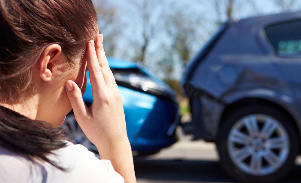Удар от автомобильной аварии может вызвать грыжу шейки матки.