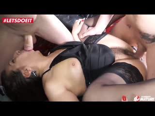 Letsdoeit_italian_mature_swinger_ass_fucked_in_mmf_trio_720p