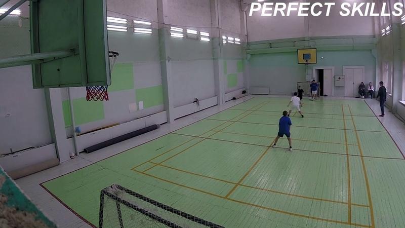 Упражнение: работаем против подстраховки, обыграть игроков в 2 зонах   Младшие