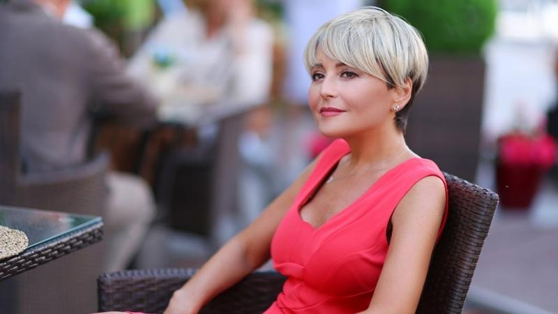 Анжелика Варум и Игорь Крутой Женщина шла