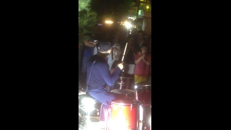 Барабанщик Макс в Геленджике