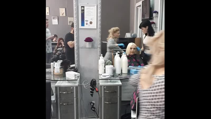 парикмахер CHEKHOV в Ереване.