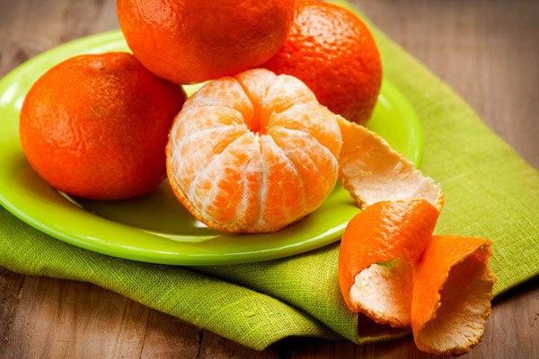 Кожура и листья мандарина в лечебных целях.