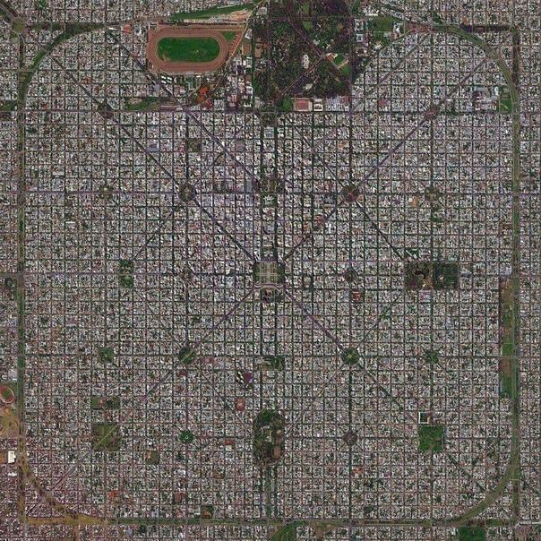 Город Ла-Плата (Аргентина) с высоты