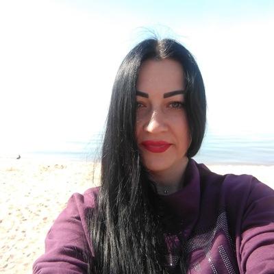 Лена Чижик