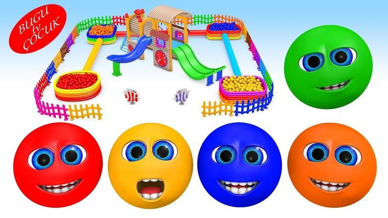 Trenli Oyun Parkında Top Kafa Renkli Toplar ile Oynuyor Çocuklar için Renkleri Öğreniyorum
