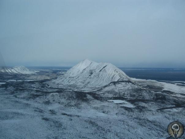 Пирамиды Аляски. Оттаявшие загадки. Таяние льдов на планете преподнесли неожиданный сюрприз-на Аляске от льдов освободились гигантские пирамиды. Долгое время учёные не могли поверить в то, что