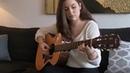 Девушка играет на гитаре Аббу (ABBA), очень красиво!