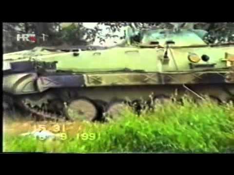 Подбитая техника ЮНА в Вуковаре Югославия, 1991 г