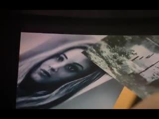 Момент из фильма с портретом Тессы автора Farzeen Alam