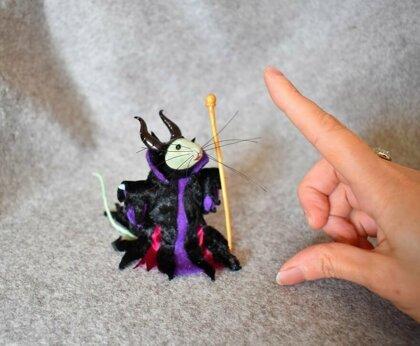 Войлочный мир: игрушечные мышки в образе известных персонажей