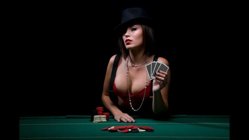 Проиграла в карты на раздевание