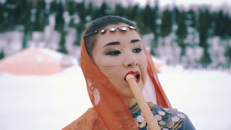 A real Datracian girl plays a reed flute the main theme of the Game of Thrones