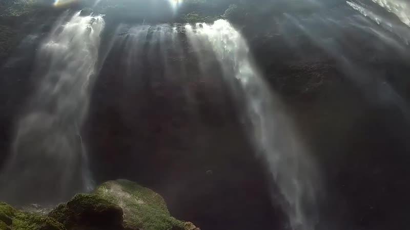 Водопады Tumpak Sewu и Goa Tetes. Ява