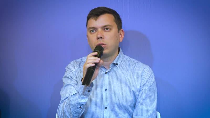 Обсуждение муниципальной кампании в Петербурге