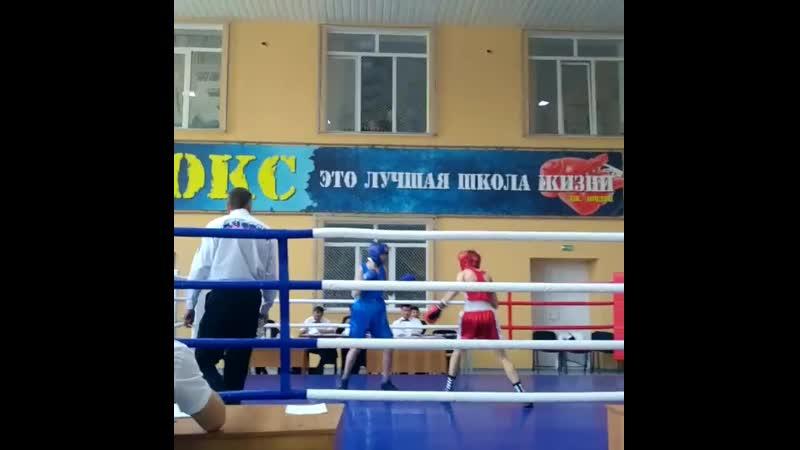 Бокс Чемпионат г Хабаровск2017 Денис Шкребов(РУСЬ) Против Северина Данила(Энергомаш)52 кг