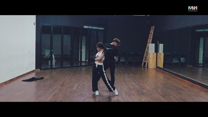 [청하의 연습실] CHUNG HA Ariana Grande - God is a woman Dance Cover