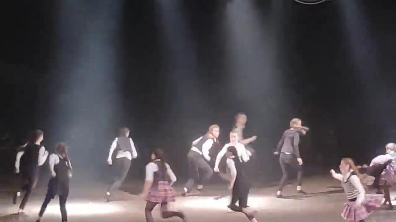 319 Наша внучка Екатерина выступает с хореографическим ансамблем Сюрприз из г Смоленска Россия в г Рязани