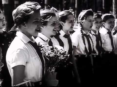 ドイツ週間ニュース 1942.4.22 総統誕生日演奏会他