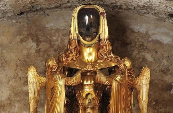 В базилике Сен-Максимен-ла-Сент-Бом на юге Франции уже много веков хранится (предположительно