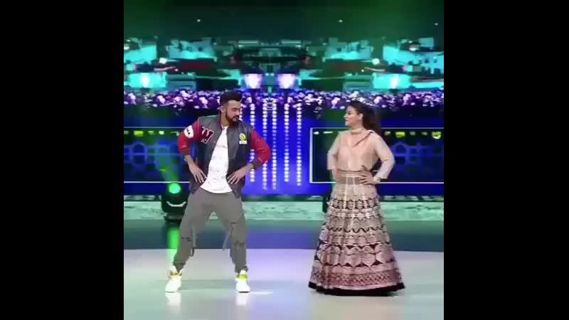 Bollywood_indian_hero_BzYQZMnnU7I.mp4