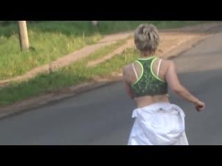 Санбоя соблазняет девушка
