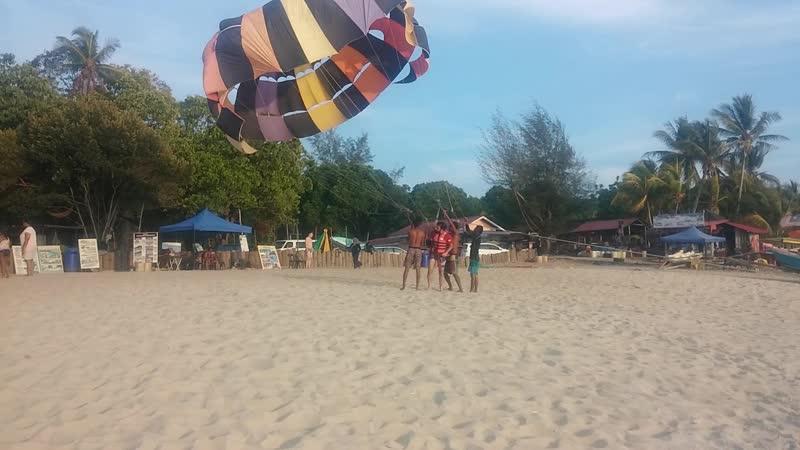 Parasailing The Pantai Tengah beach