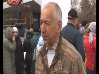 Более трехсот новосибирцев приняли участие в митинге против жестокости к животным и нецелевых трат бюджетных средств.