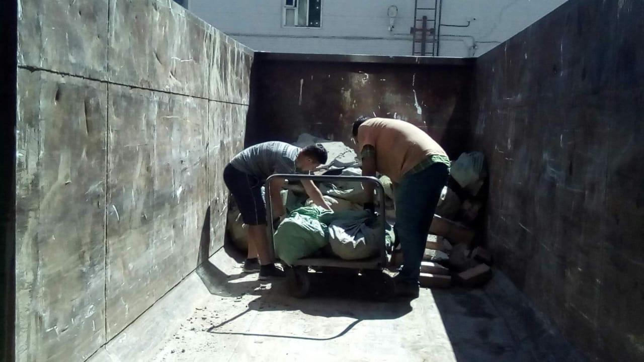У вас кучи строительного мусора и не кому вывези? Звоните! Поможем! Работаем от 2… Vr15KQEh5SQ