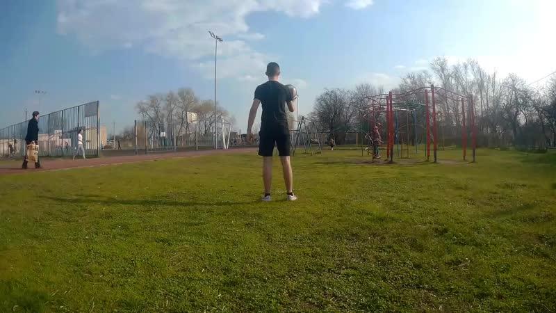 Новый рекорд чеканка мяча 5903