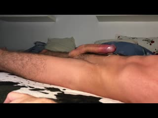 Guy moaning while humping bed - cum handsfree - 4k