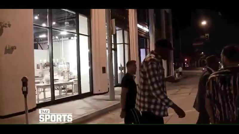 Brooklyn Nets star Kevin Durant walking without any crutches just 52 days after rupturing