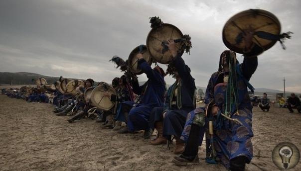 Тушить лесные пожары съехались на Байкал сибирские шаманы