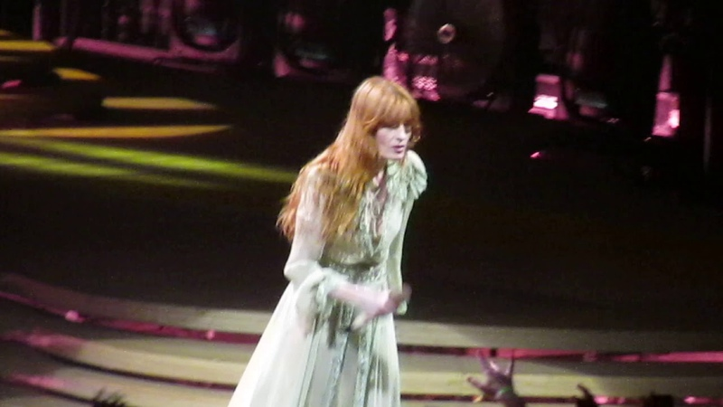 Florence the Machine - Moderation - Unipol Arena , Bologna 2019