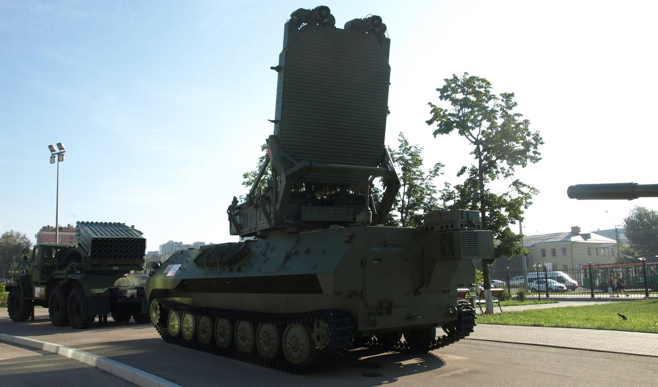 На Донбассе зафиксировали мощное вооружение из России (фото)