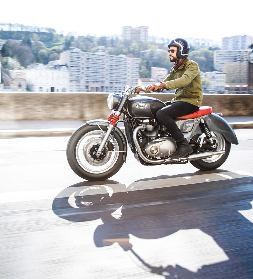 BAAK Motocyclettes: кастом Triumph T120 Bonneville Bathtub