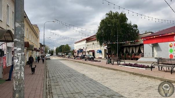 ПИРАМИДЫ В СКОПИНЕ Мы долго сомневались, стоит ли рассматривать город Скопин в качестве цели очередного путешествия выходного дня. Все-таки получалось не совсем корректно в соответствии с