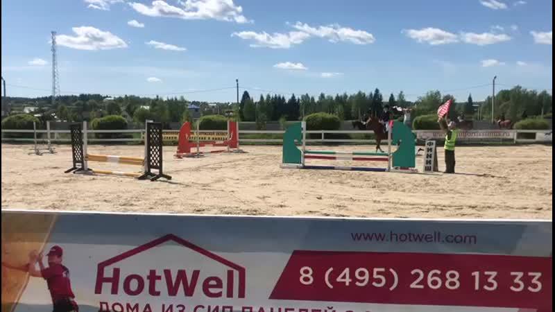 KK pony land 19.5.19 Умникова Дарья на Галопе ,60см