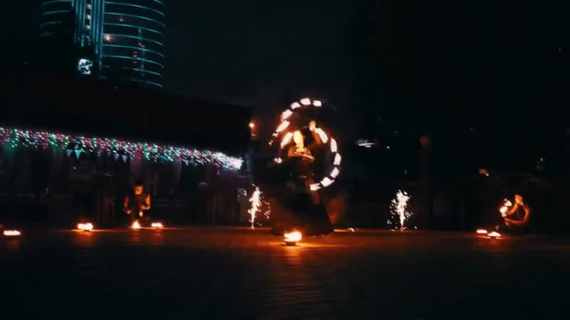 Огненно-пиротехнический дуэт (фаер - шоу)
