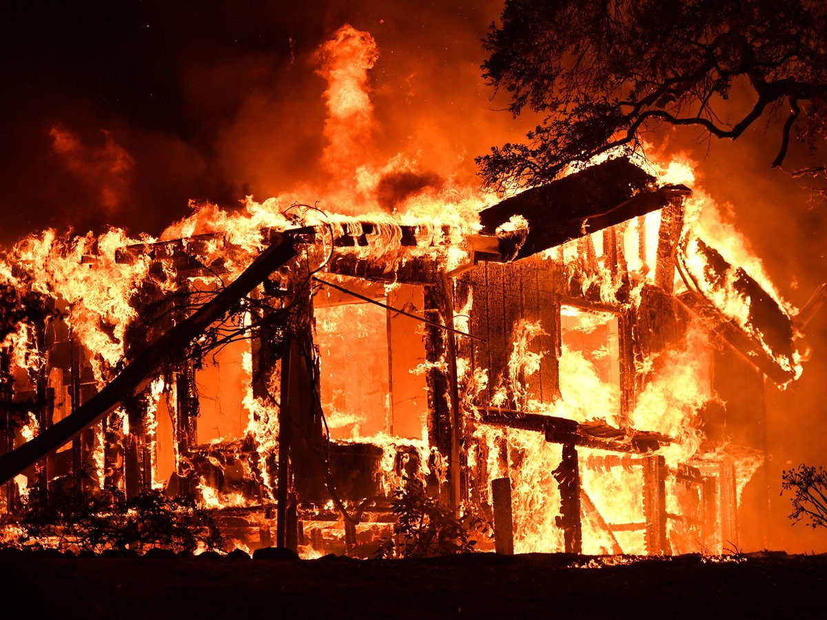 Жилой дом сгорел в Архызе