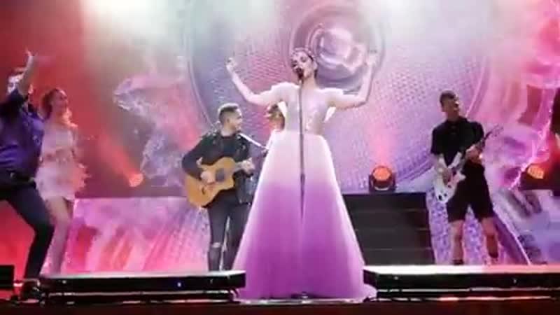 Наталия Орейро (Natalia Oreiro) - Gitano corazon (Красноярск, 9 апреля 2019)