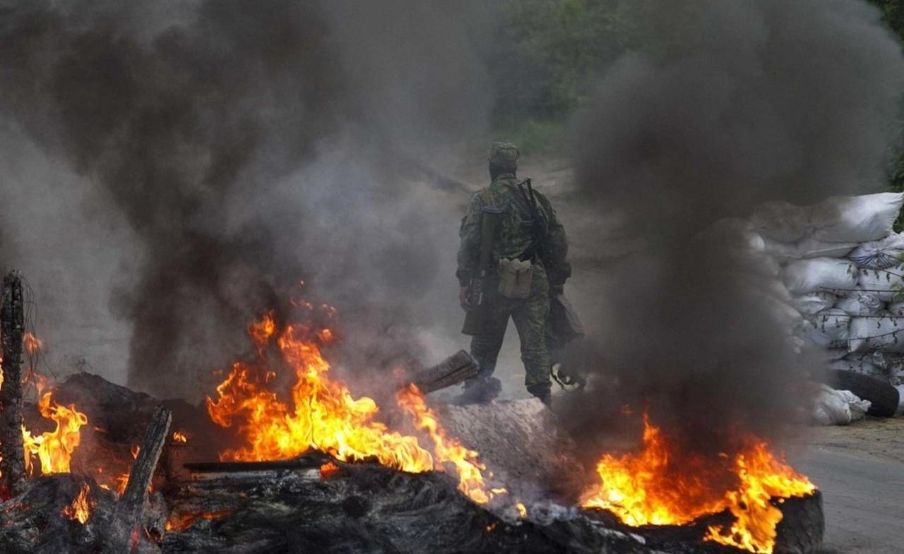 Война продолжается: бой на Донбассе засняли на видео