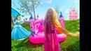Аришка как Рапунцель наряжается на вечеринку к Золушке / Pretend Play Rapunzel and Cinderella