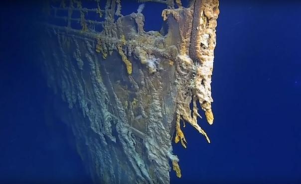 «Титаник» 107 лет спустя Команда исследователей из Atlantic Productions показала, как сейчас выглядит «Титаник», затонувший 107 лет назад. Впервые съемки проводились в качестве 4К. Обломки