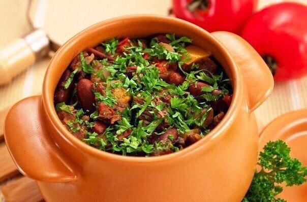 Рецепты вкуснейших вторых блюд в горшочках!
