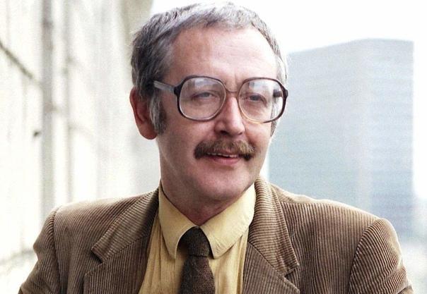 Василий Ливанов, сегодня его день рождения  Какой ваш любимый фильм с ним