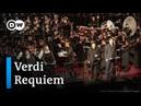 Magischer Moment Currentzis dirigiert Requiem von Verdi DW Deutsch