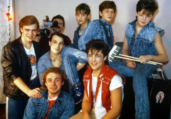 Экс-солист «Ласкового мая» за время работы в группе заработал 10 миллионов долларов «Ласковый май» любимая группа 90-х. С ней сейчас не сможет конкурировать ни один российский коллектив. Группа