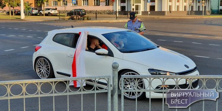 Мнение о ситуации в Беларуси: насилие породило насилие. Кто сможет остановиться первым?
