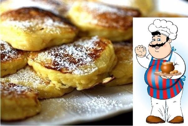 Яблочные оладушки Ингредиенты: Крупные яблоки - 3-4 шт Сахар - 3 столовых ложки Ванилин Сода на кончике ножа Яйцо - 2 шт Щепотка соли Масло для жарки Приготовление: 1. Яблоки моем 2. Срезаем